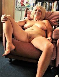 still naked wide open cunt
