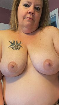 In your face with my huge saggy tits 😘. Would you like to play with them? ...