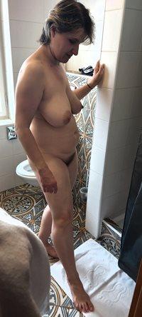 Klara naked